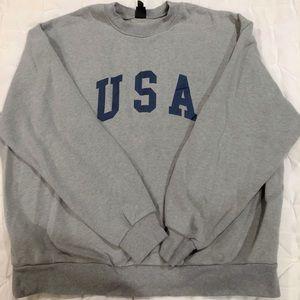 grey USA sweatshirt